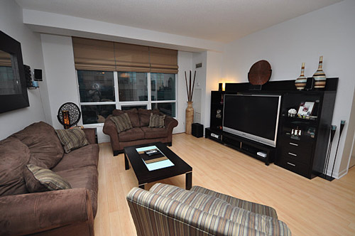 Living Room for 1 Bedroom Condo at 185 Legion Rd